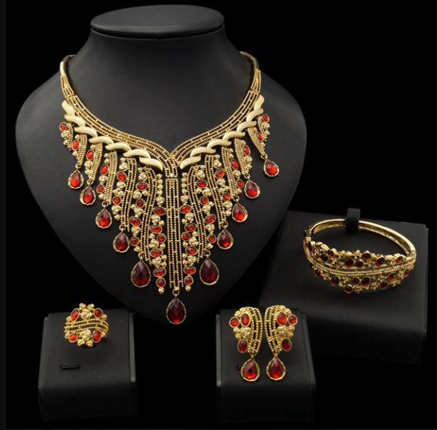 لماذا يقوم الكثير من الناس بشراء الذهب الهندي؟